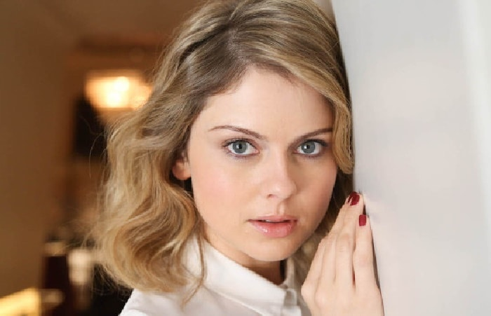 Rose McIver - Net Worth 2020/2021, Salary, Age, Height, Weight, Bio, Family, Career, Wiki
