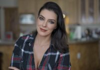 Adrianne Curry Rhode - Net Worth 2020, Salary, Age, Height, Weight, Bio, Family, Career, Wiki